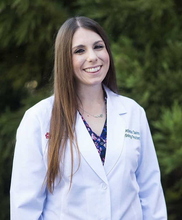 Stephanie Savino veterinarian